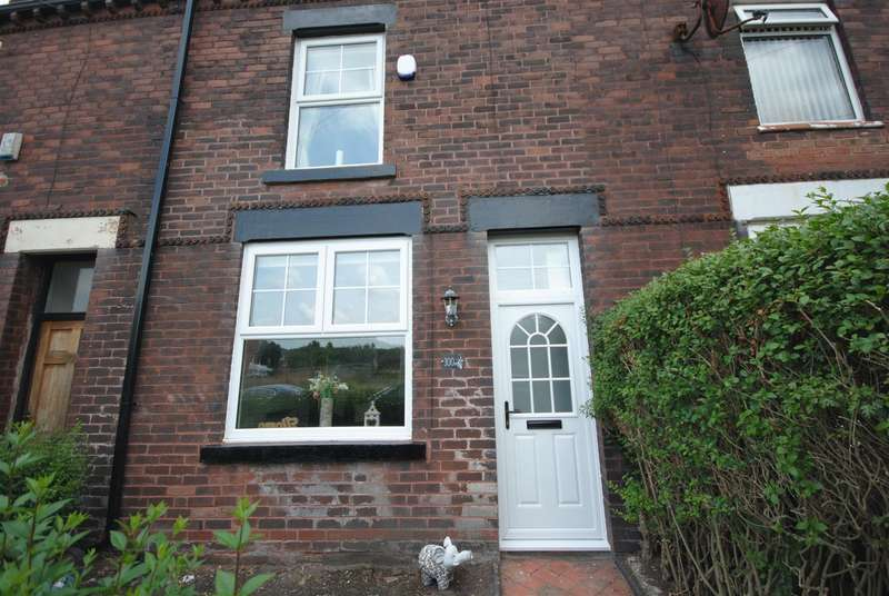 3 Bedrooms Terraced House for sale in Woodhouse Lane, Springfield, Wigan