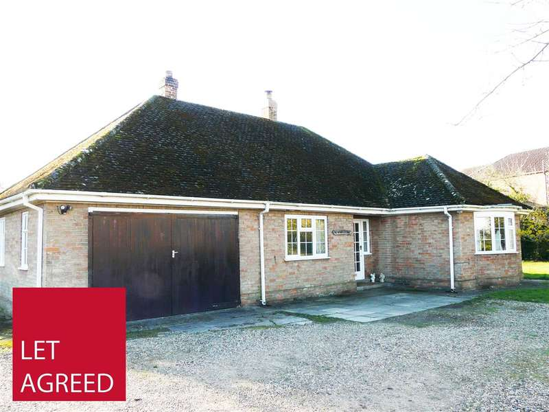3 Bedrooms Detached Bungalow for rent in Rowan Lodge, Sand Hill Lane, Sutton on Derwent