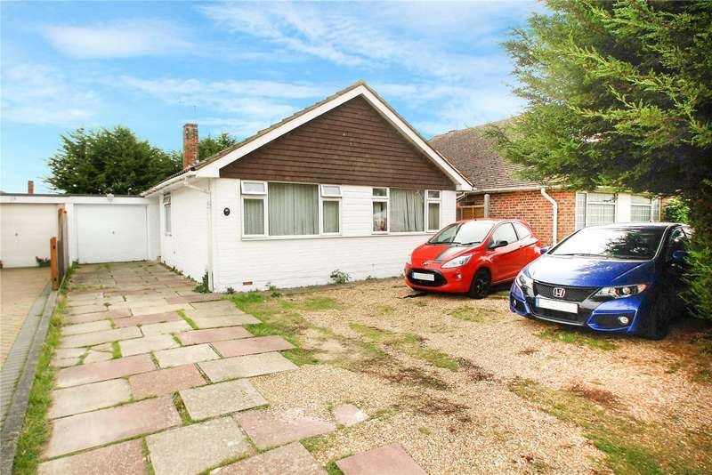 3 Bedrooms Bungalow for sale in Cumberland Avenue, Goring By Sea, Worthing, BN12