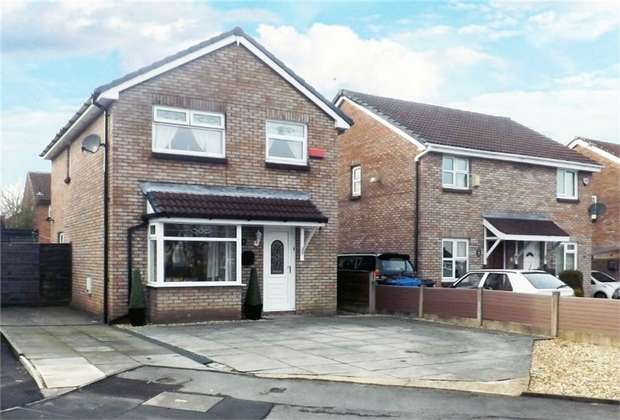 4 Bedrooms Detached House for sale in Plymouth Grove, Radcliffe, Manchester, Lancashire