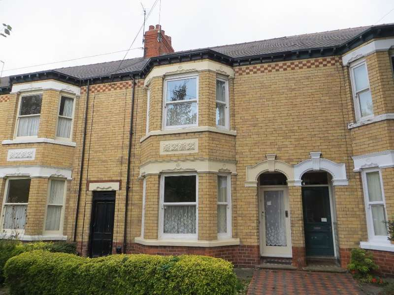 3 Bedrooms Terraced House for sale in Marlborough Avenue, Hull, HU5 3JX