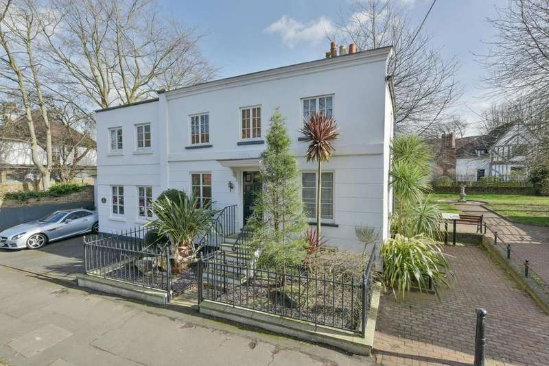 3 Bedrooms Semi Detached House for sale in Manor Road, WALTON ON THAMES KT12