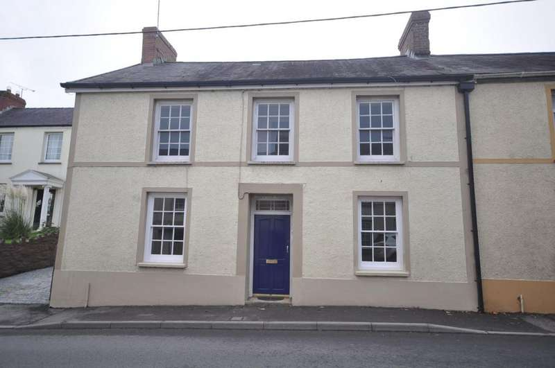 3 Bedrooms End Of Terrace House for sale in Newton Villa, High Street, St. Clears, Carmarthenshire, SA33 4ED