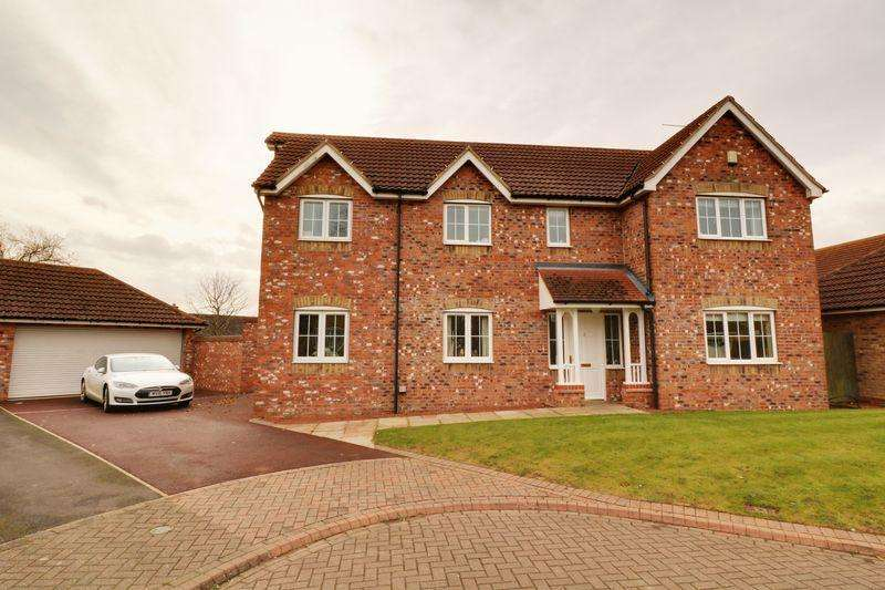 4 Bedrooms Detached House for sale in Chapel Court, Hibaldstow