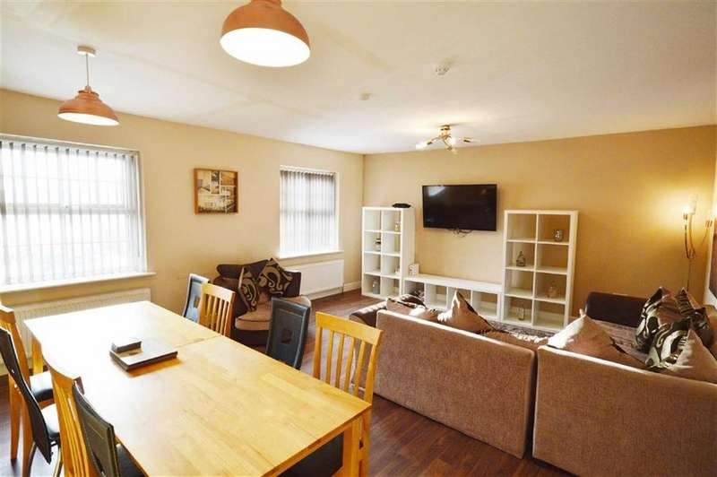 3 Bedrooms Maisonette Flat for sale in Harcourt Place, Scarborough