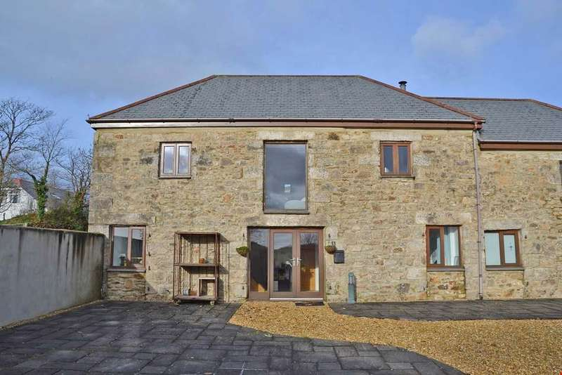 3 Bedrooms Barn Conversion Character Property for sale in Carnhell Green, betweenCamborne and Hayle, Cornwall, TR14