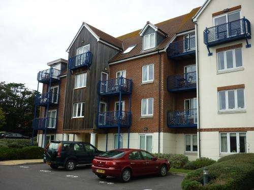 3 Bedrooms Flat for rent in CLOSE TO WEYMOUTH MARINA