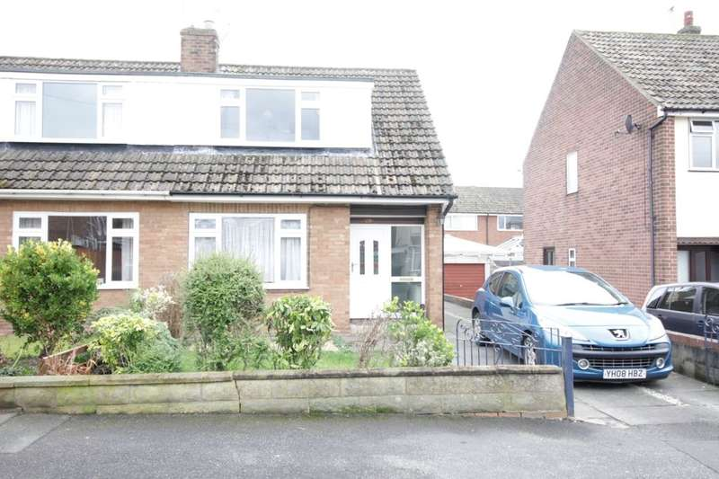 2 Bedrooms Semi Detached House for rent in Lyndon Avenue, Garforth, Leeds, LS25