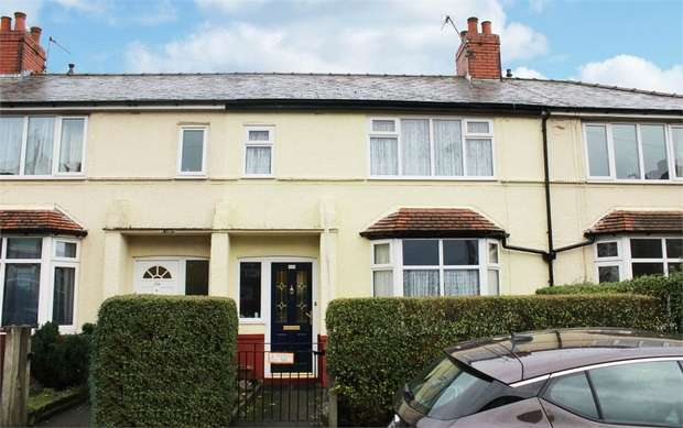 3 Bedrooms Terraced House for sale in Cemetery Road, Preston, Lancashire