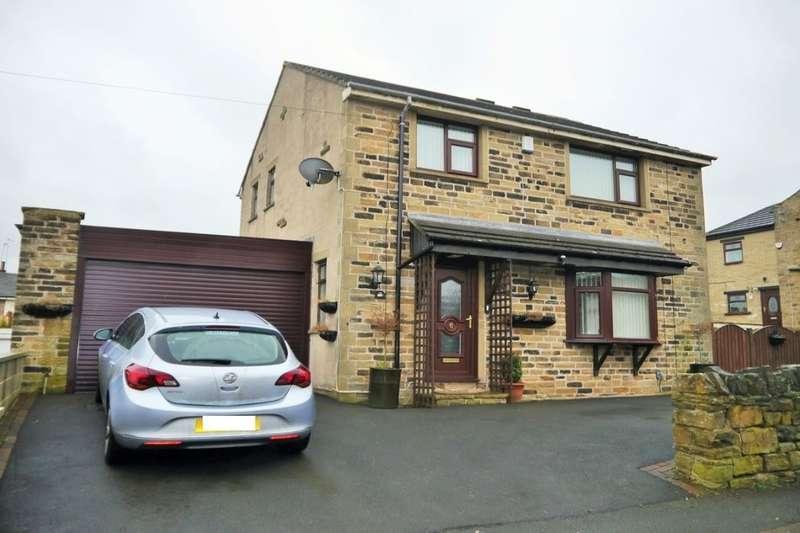 3 Bedrooms Detached House for sale in Holme Lane, Bradford, BD4