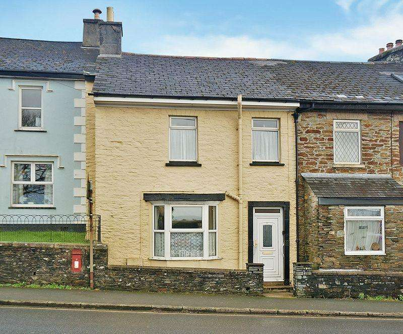2 Bedrooms Terraced House for sale in Launceston Road, Callington