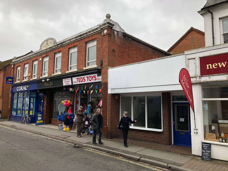 Shop Commercial for sale in 10 Christchurch Road, Ringwood, Hampshire BH24 1DN