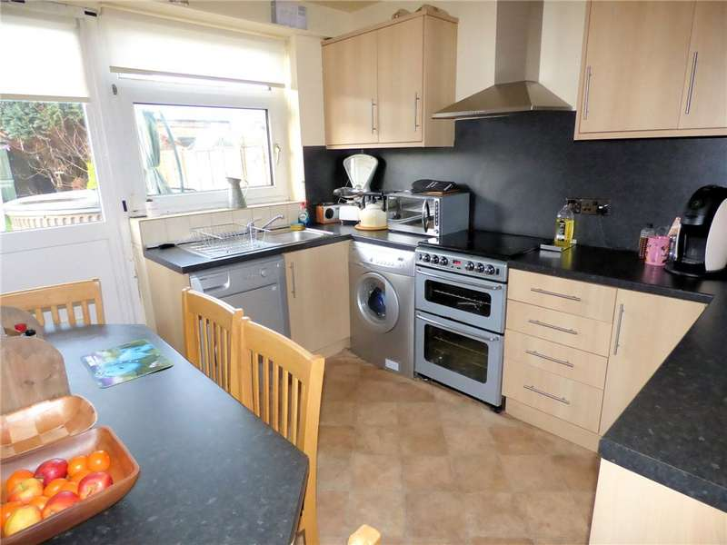3 Bedrooms Semi Detached House for sale in Lee Road, Marton, Blackpool