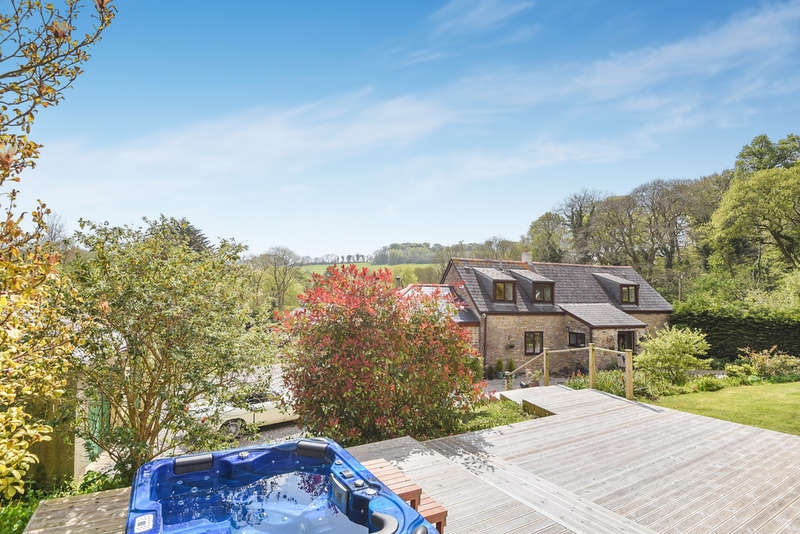 4 Bedrooms Detached House for sale in Near Yealmpton, Plymouth, Devon