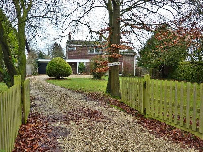4 Bedrooms Detached House for sale in SHURLOCK ROW