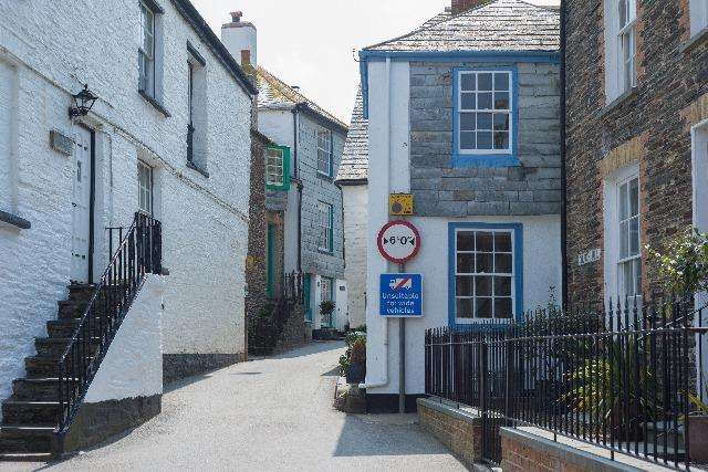 2 Bedrooms House for sale in Morley's Cottage, 8 Church Hill, Port Isaac