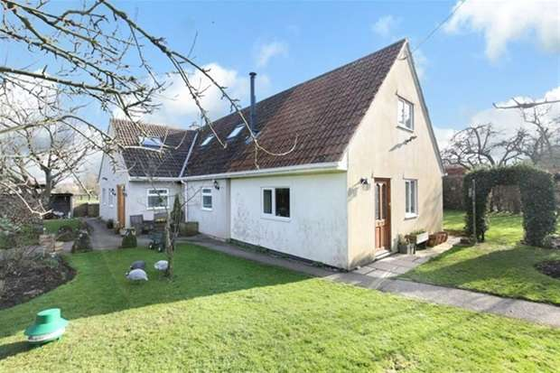 4 Bedrooms Detached Bungalow for sale in Spring Gardens
