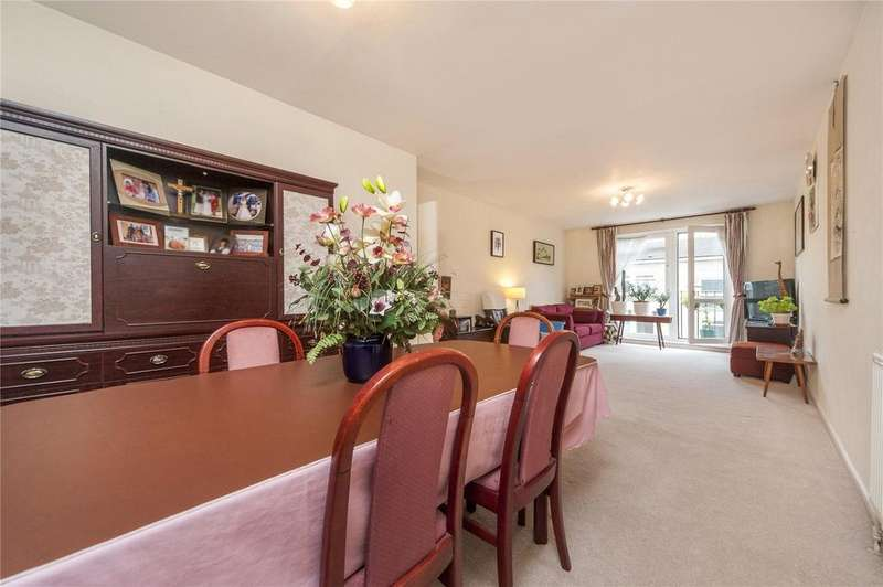 2 Bedrooms Flat for sale in Chester Close South, Regent's Park, London