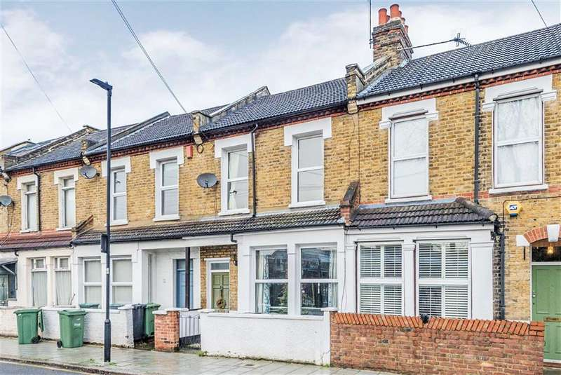 3 Bedrooms House for sale in Mandrell Road, Brixton, London, SW2