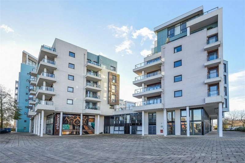 2 Bedrooms Flat for sale in Ocean Way, Southampton