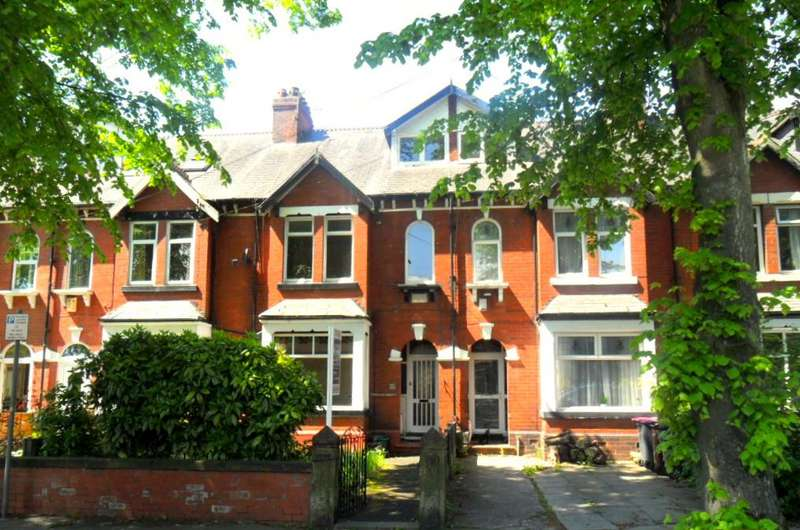 4 Bedrooms Terraced House for sale in Victoria Road, Salford