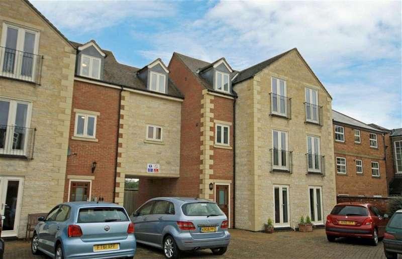 1 Bedroom Retirement Property for sale in Lodge Stables, Oakham, Rutland