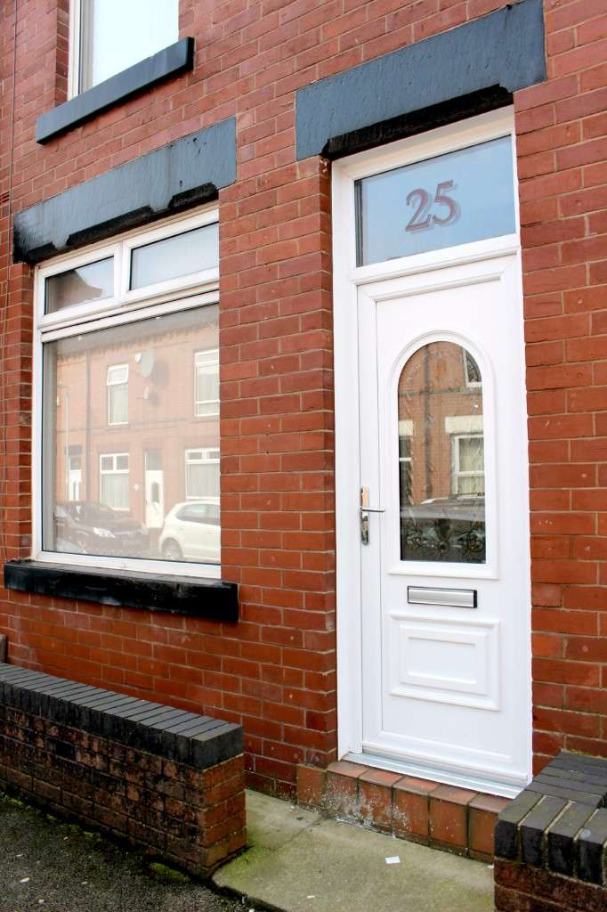 2 Bedrooms Terraced House for sale in Sutcliffe Street Sutcliffe Street, Bolton, BL1