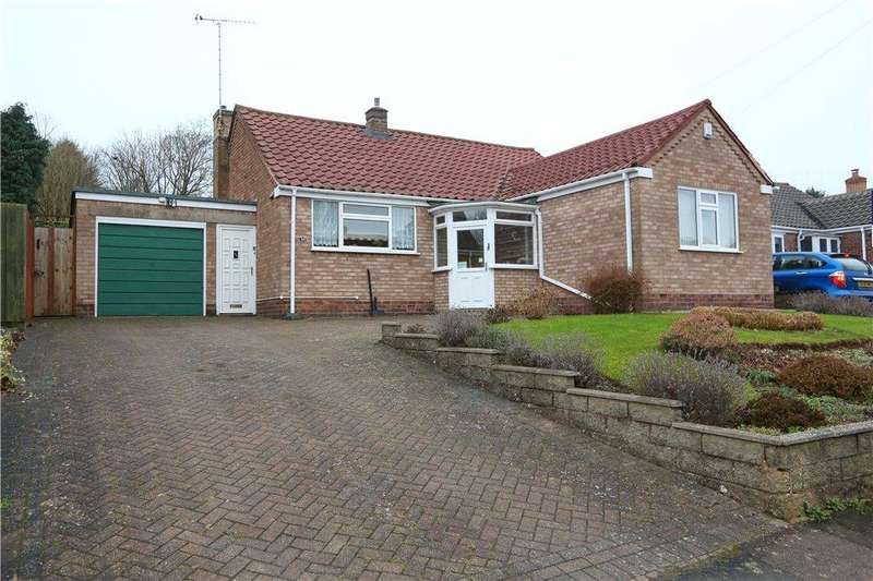 3 Bedrooms Detached Bungalow for sale in Tennyson Road, Redditch, Worcestershire, B97