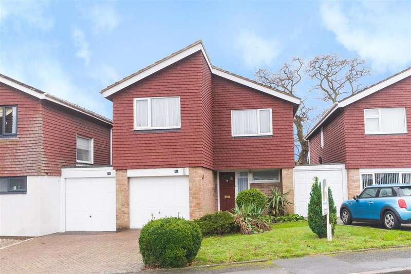 4 Bedrooms Link Detached House for sale in Highfield Road, Flackwell Heath