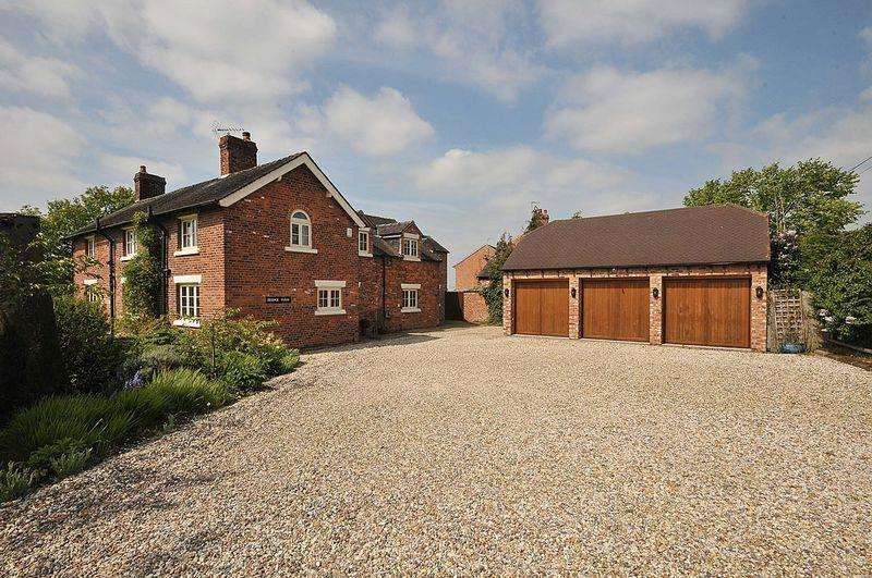 4 Bedrooms House for sale in Bradwall Road, Bradwall