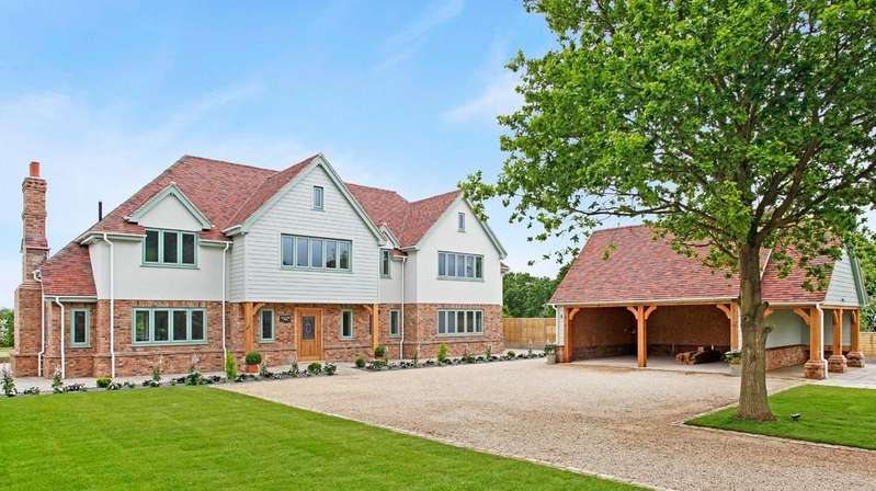 4 Bedrooms Detached House for sale in Burnham On Crouch, Essex