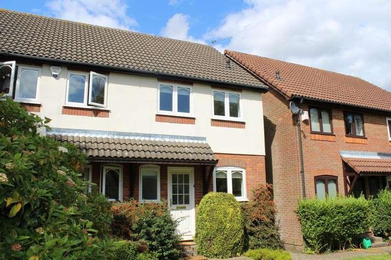 2 Bedrooms Semi Detached House for rent in Lollards Close, Amersham, Bucks HP6