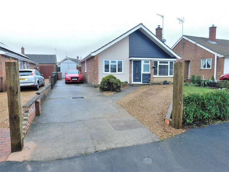3 Bedrooms Detached Bungalow for sale in Clifton Road, King's Lynn