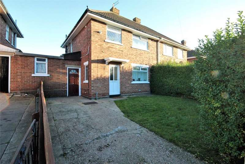 3 Bedrooms Semi Detached House for rent in Sandringham Road, Cleethorpes, DN35