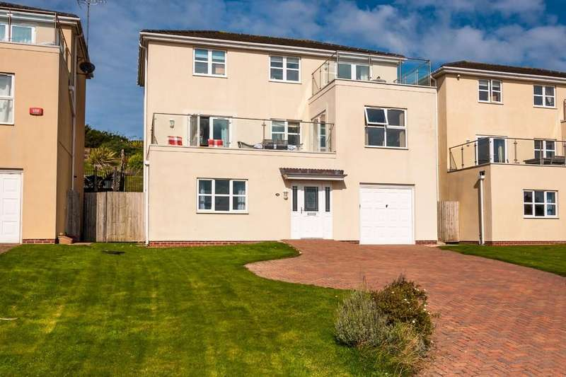 5 Bedrooms Detached House for sale in The Rise, Trearddur Bay, North Wales