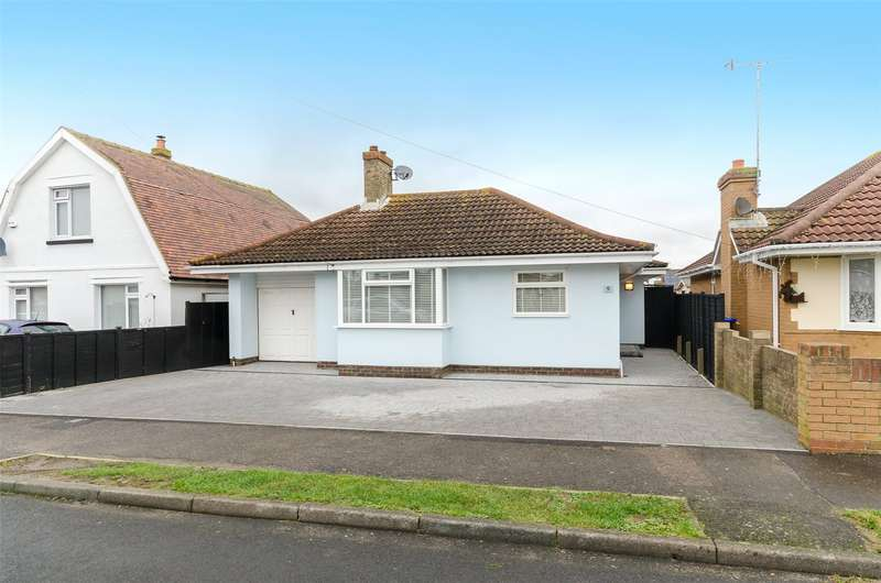 3 Bedrooms Detached Bungalow for sale in Alexandra Road, Lancing, West Sussex, BN15