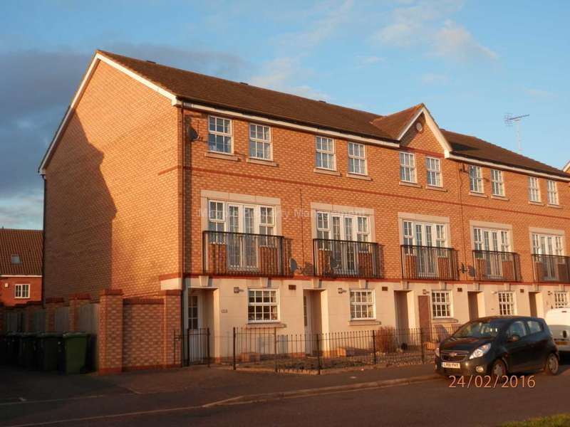 3 Bedrooms Town House for rent in Hampton Hargate