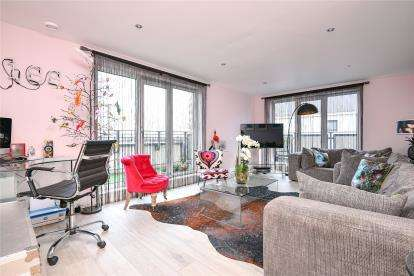 2 Bedrooms Flat for sale in Uno Apartments, 1 Sherman Road, Bromley