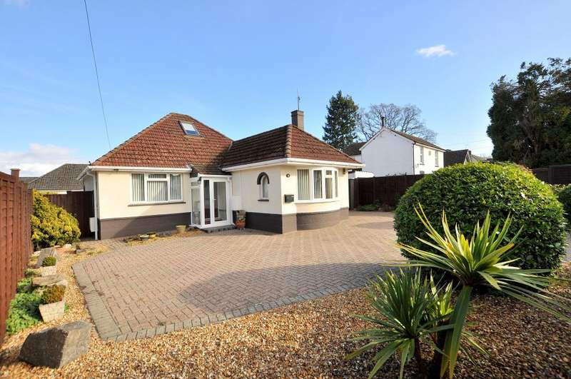 2 Bedrooms Detached Bungalow for sale in Church Road, Ferndown