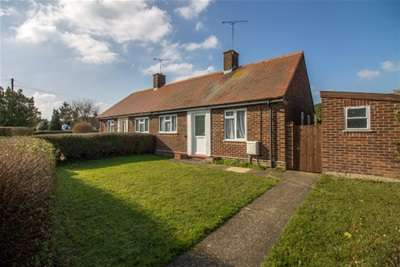 1 Bedroom Bungalow for rent in Rochford Garden Way, Rochford **Move before Easter for 1 week rent free**