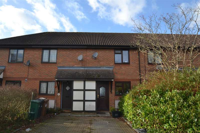 2 Bedrooms House for sale in Copse Lane, Horley