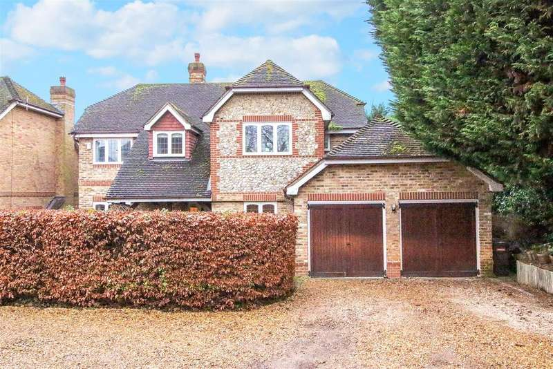 5 Bedrooms Detached House for sale in Mill Lane, Calcot
