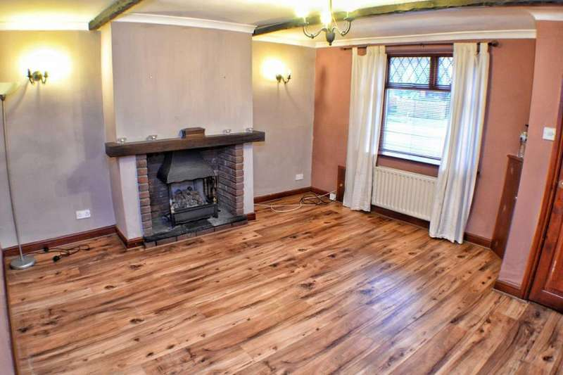 2 Bedrooms Terraced House for sale in Livesey Branch Road, Blackburn, BB2
