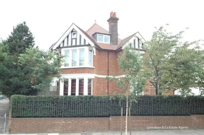 5 Bedrooms Detached House for rent in St Stephens Road, Ealing