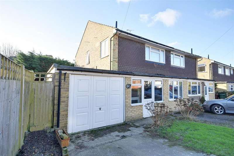3 Bedrooms Semi Detached House for sale in The Chestnuts, Hawkhurst, Cranbrook
