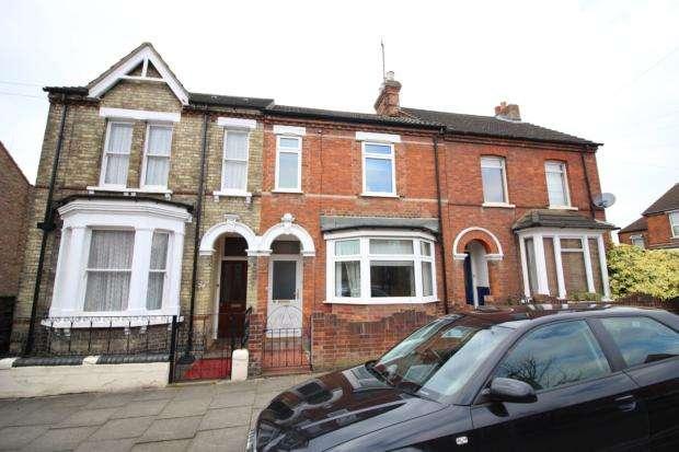 3 Bedrooms Property for rent in Garfield Street, Bedford, MK41