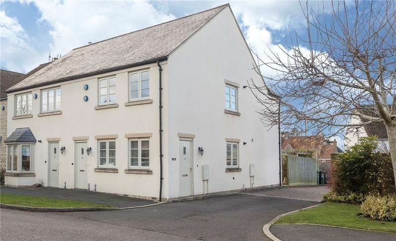 1 Bedroom Flat for sale in Gordon Close, Broadway, Worcestershire, WR12