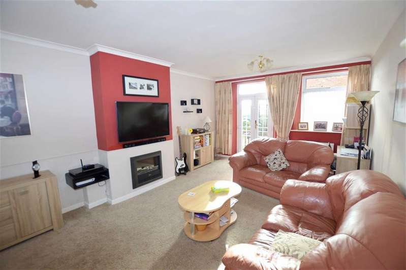 2 Bedrooms Apartment Flat for sale in St Bedes, Atwick Road, Hornsea, East Yorkshire