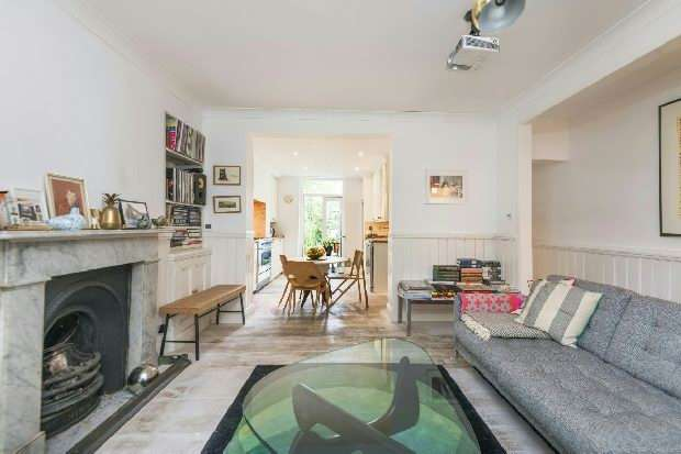 3 Bedrooms Flat for sale in Leighton Grove, Kentish Town, NW5