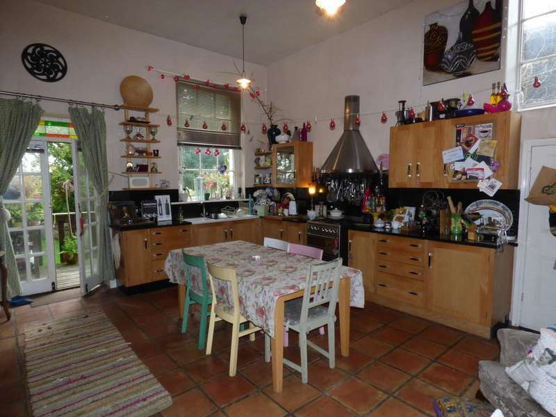 4 Bedrooms Semi Detached House for rent in Rickerscote Manor House, Off Rickerscote Avenue